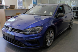 Volkswagen Golf Wolfsburg Edition 7.5