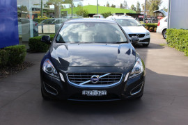 Volvo S60 T4 TEKNIK (No Series) MY12