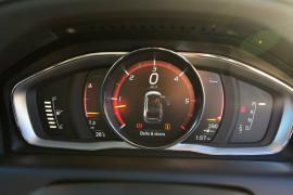 2016 MY17 Volvo XC60 DZ D5 R-Design Wagon