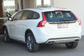 2016 MY17 Volvo V60 Cross Country T5 Luxury Wagon