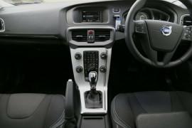 2016 Volvo V40 M Series D2 Kinetic Hatchback