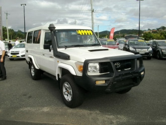 Toyota Landcruiser Workmate Troopcarrie VDJ78R Turbo