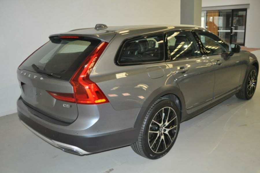 2017 Volvo V90 Cross Country P Series MY17 D5 Inscription Wagon