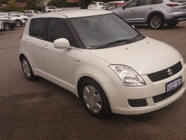 2009 Suzuki Swift U Hatchback