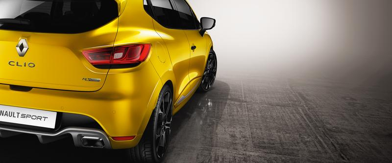 Clio R.S. Coupe styling with hatch practicality