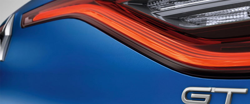 Megane Hatch LED daytime running lights with 3D Edge effect