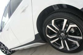 2017 Volvo V40 Cross Country M Series T5 Inscription Sedan