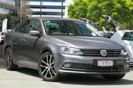 Volkswagen Jetta 155TSI Highline Sport 1B