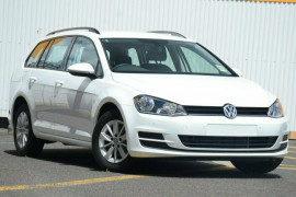 Volkswagen Golf Wagon 92TSI Trendline 7