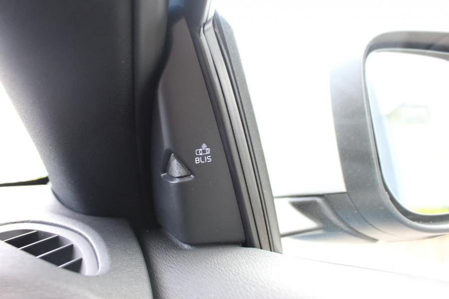 2016 Volvo V40 (No Series) MY17 T5 R-DESIGN Hatchback