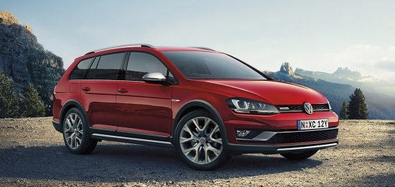 Golf Alltrack Body and Design
