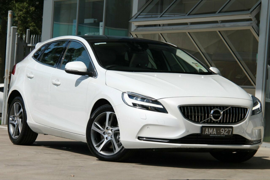 2016 my17 volvo v40 t4 inscription for sale melbourne city volvo. Black Bedroom Furniture Sets. Home Design Ideas