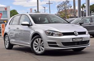 Volkswagen Golf Comfrtline VII  92TSI