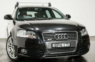 Audi A3 TFSI Sportback S tronic quattro Ambition 8P MY10
