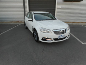 Holden Calais Sport VF