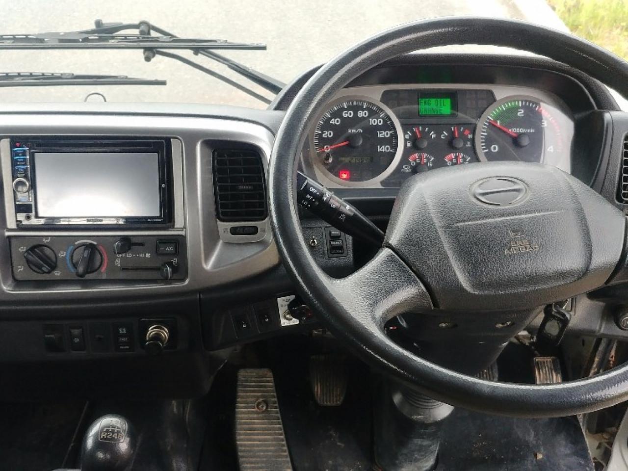 2011 Hino 500 GH 1728