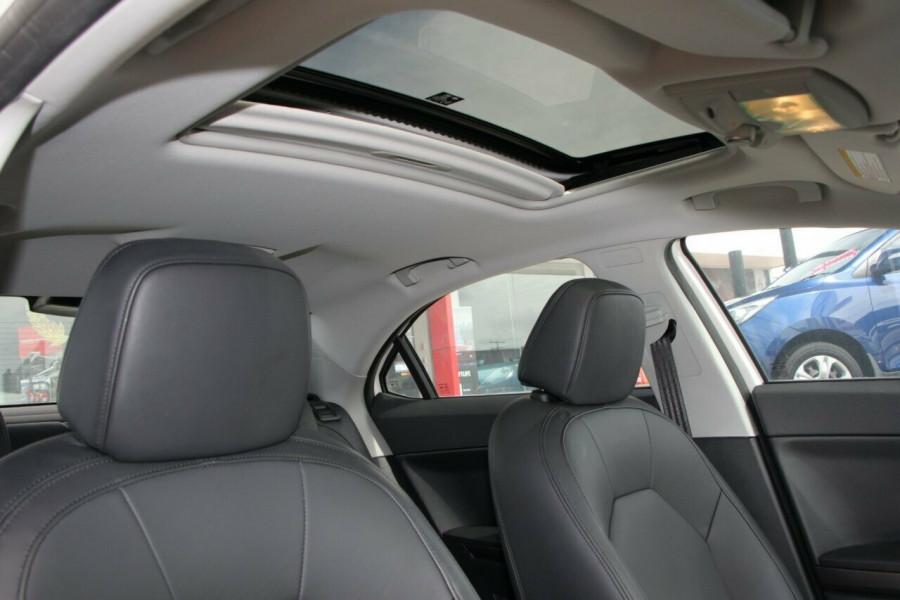 2012 MG MG6 IP2X Magnette TSE Sedan