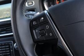 2017 Volvo V60 F Series T5 R-Design Wagon