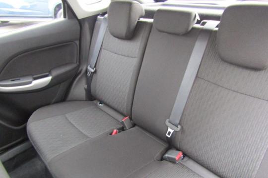 2016 Suzuki Baleno EW GL Hatchback
