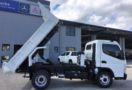 Fuso Canter 715M Wide Cab TIPPER