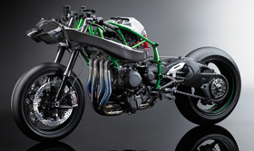 2015 Ninja H2R High-Speed Stability and Light Handling