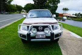 Nissan Navara ST D40 S6