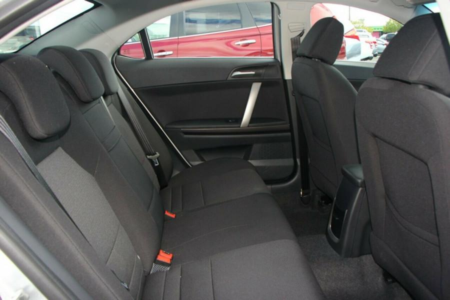 2013 MG MG6 IP2X Magnette SE Sedan