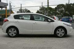 2017 MY18 Kia Cerato Hatch YD S Hatchback