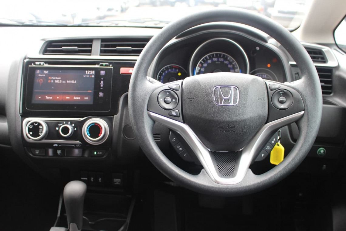 2015 Honda Jazz GF MY16 VTI Hatchback