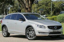 Volvo V60 Cross Country D4 Luxury