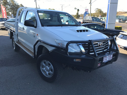 2013 MY Toyot HiLux KUN26R  SR Cab chassis