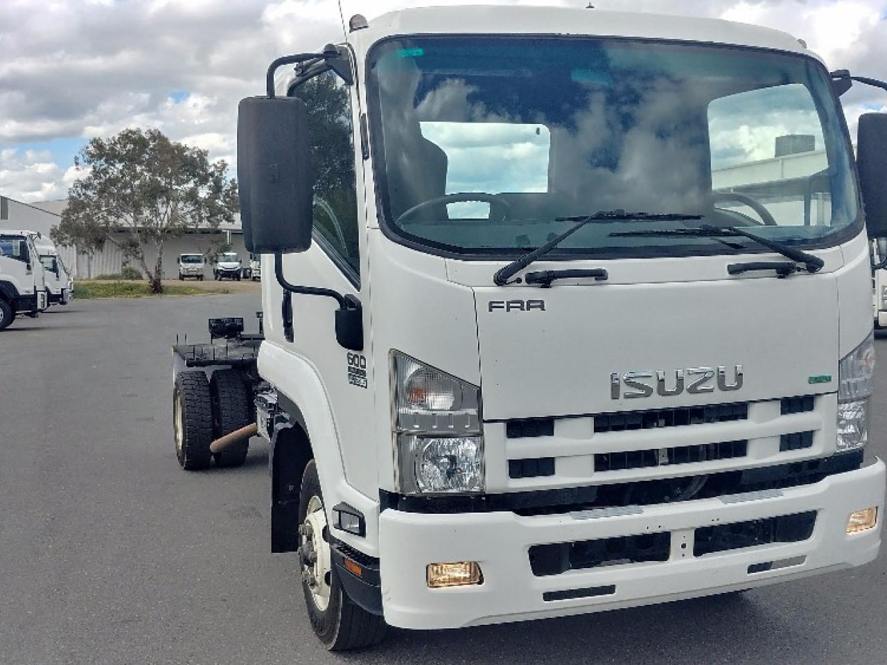 2013 $41850 Isuzu F Series FRR 600