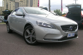 Volvo V40 D4 - Luxury M Series  D4