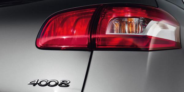 4008 SUV