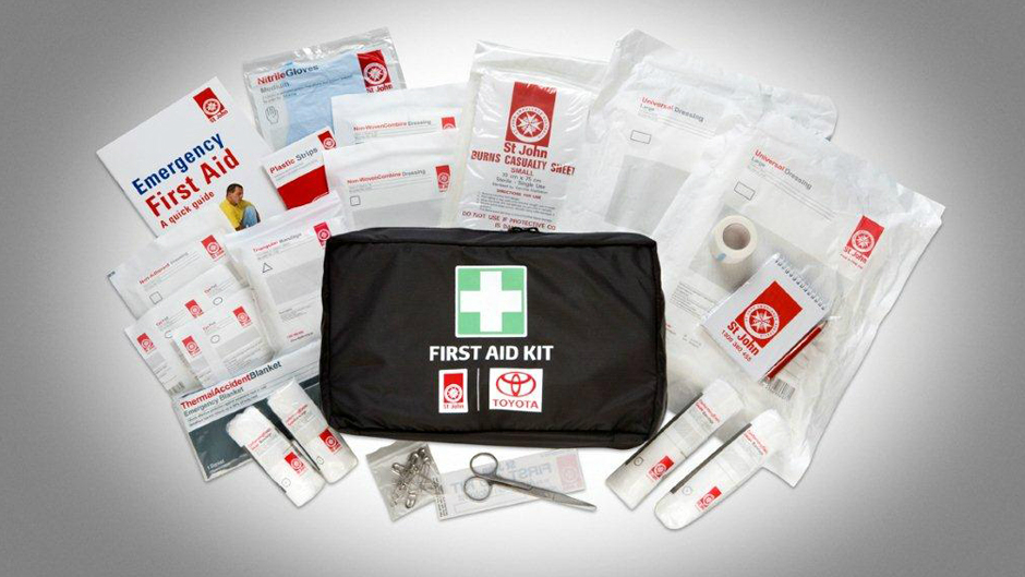 "<img src=""First Aid (Family)"