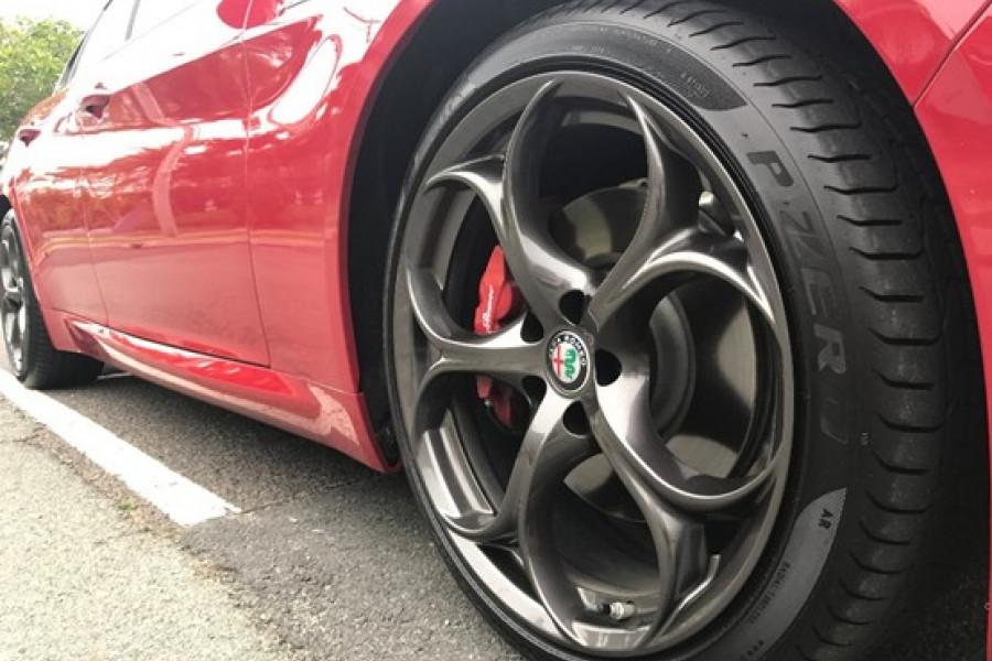 2016 MY17 Alfa Romeo Giulia Veloce Sedan