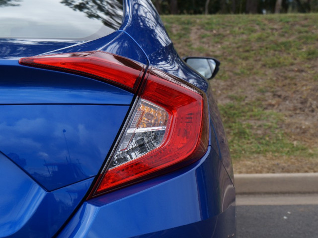 2016 Honda Civic Sedan 10th Gen VTi-S Sedan