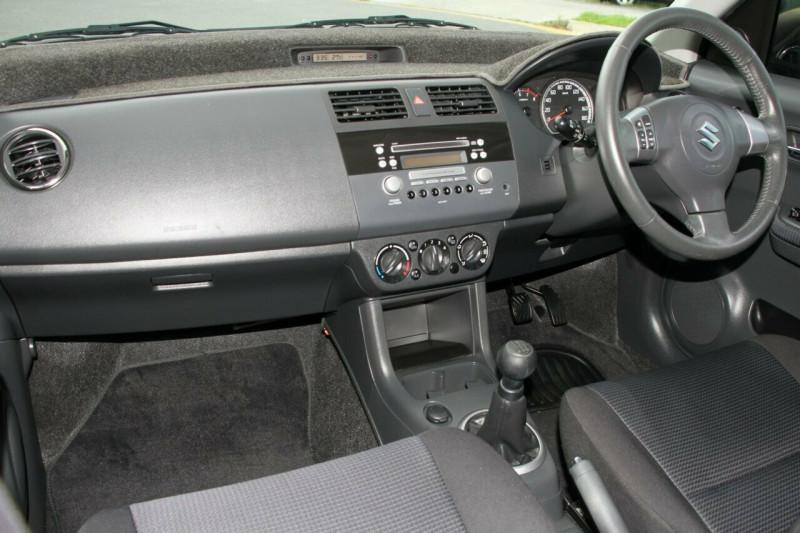 2010 Suzuki Swift RS415 Hatchback