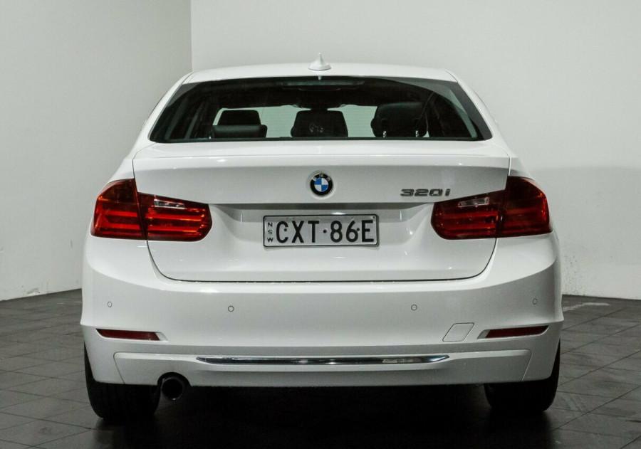 2012 BMW 320i F30 MY0812 Sedan