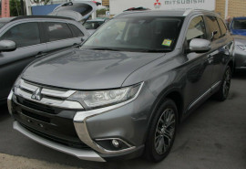 Mitsubishi Outlander LS Safety Pack AWD 5 Seat ZK