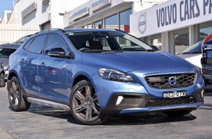 Volvo V40 Cross Count