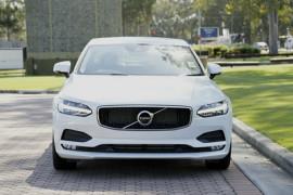 2016 MY17 Volvo S90 T5 Momentum Sedan