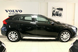 2017 Volvo V40 Cross Country M Series MY17 T4 Adap Geartronic AWD Momentum Hatchback