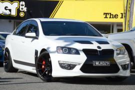 HSV Clubsport R8 SV Black Edition E Series 3