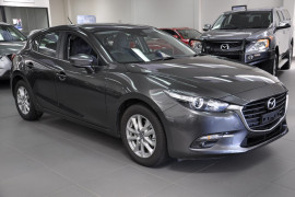 Mazda 3 Touring BN5478