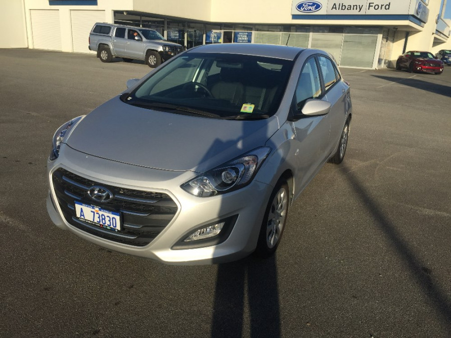 2015 MY17 Hyundai i30 GD4 Series II Active Hatchback