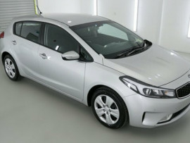 Kia Cerato Hatch S YD