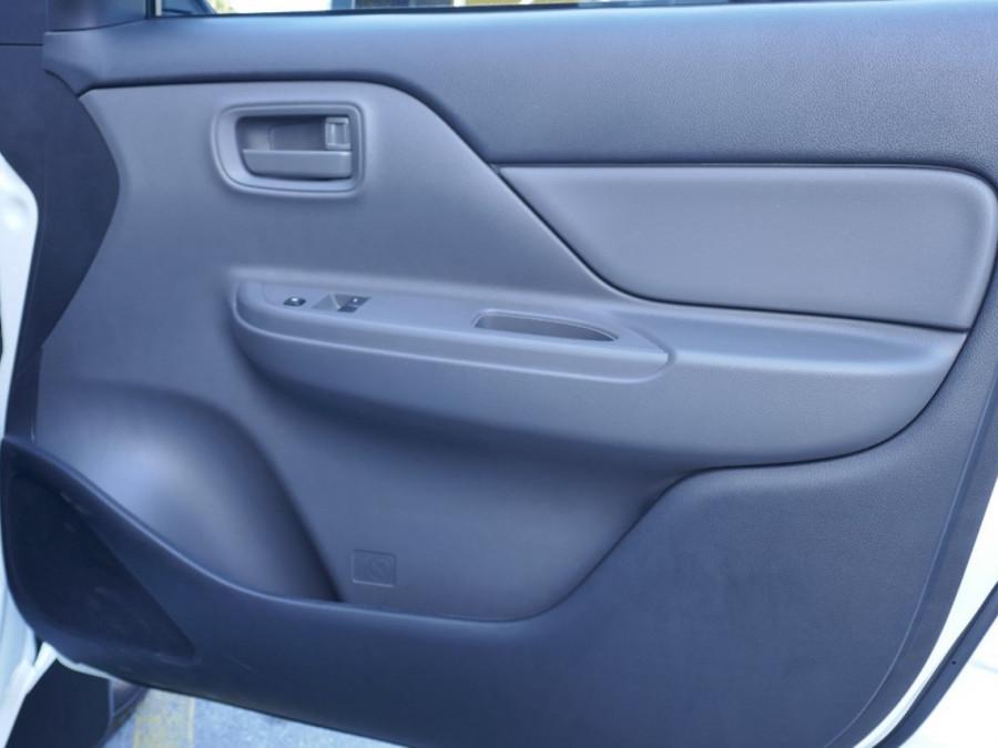 2017 Mitsubishi Triton MQ GLX Single Cab Chassis 2WD Petrol Cab chassis