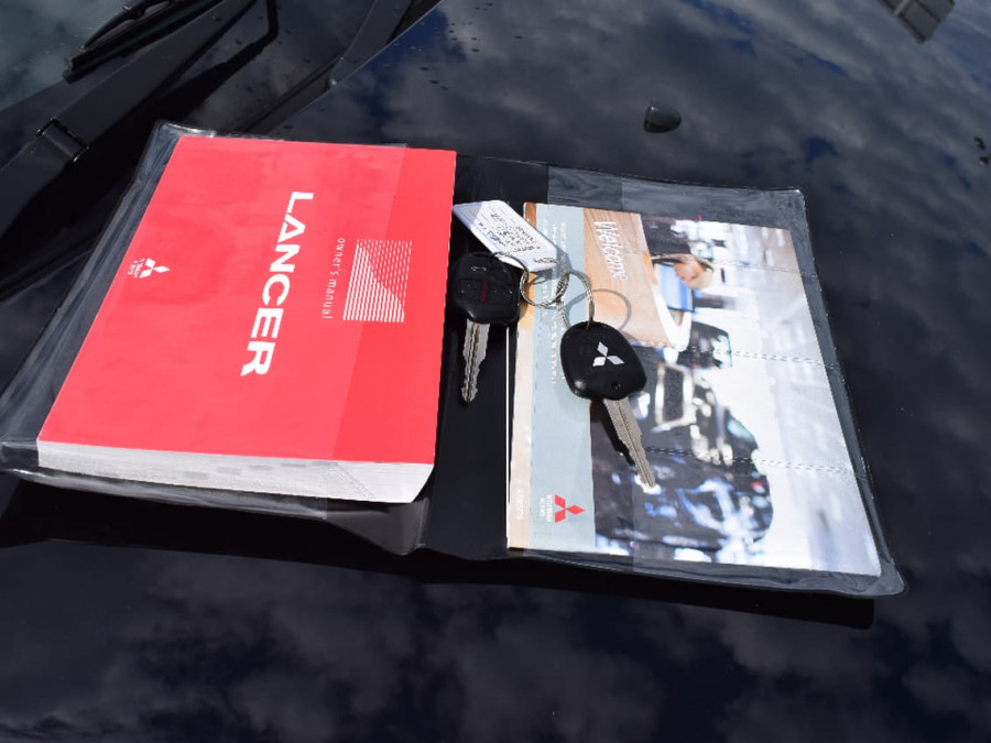 2012 Mitsubishi Lancer CJ ES Sedan