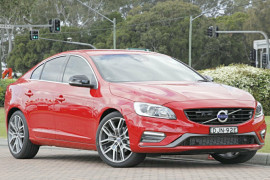 Volvo S60 T5 R-Design F Series